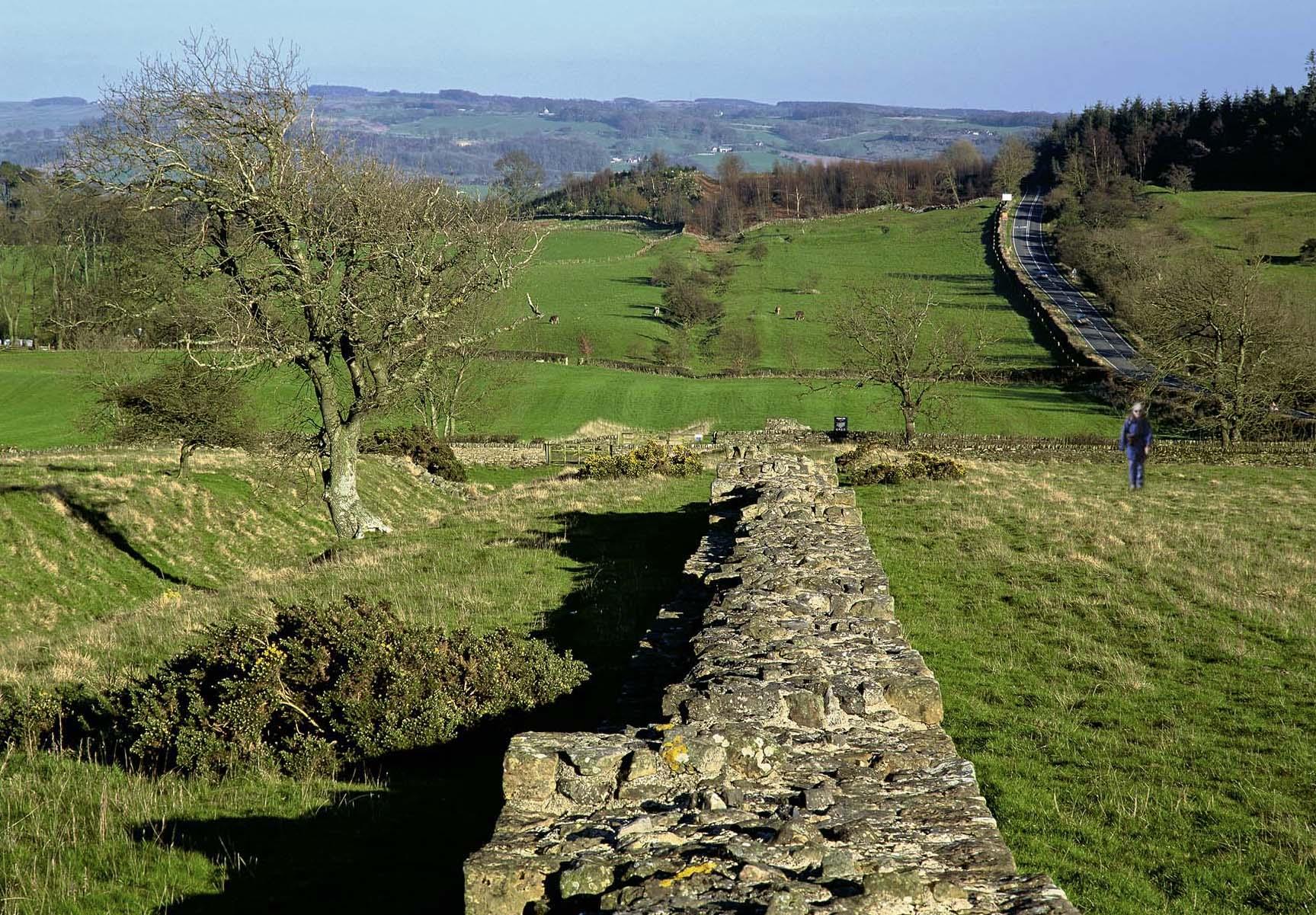 Long Distance Walks in Hadrian's Wall Path, Newcastle in England