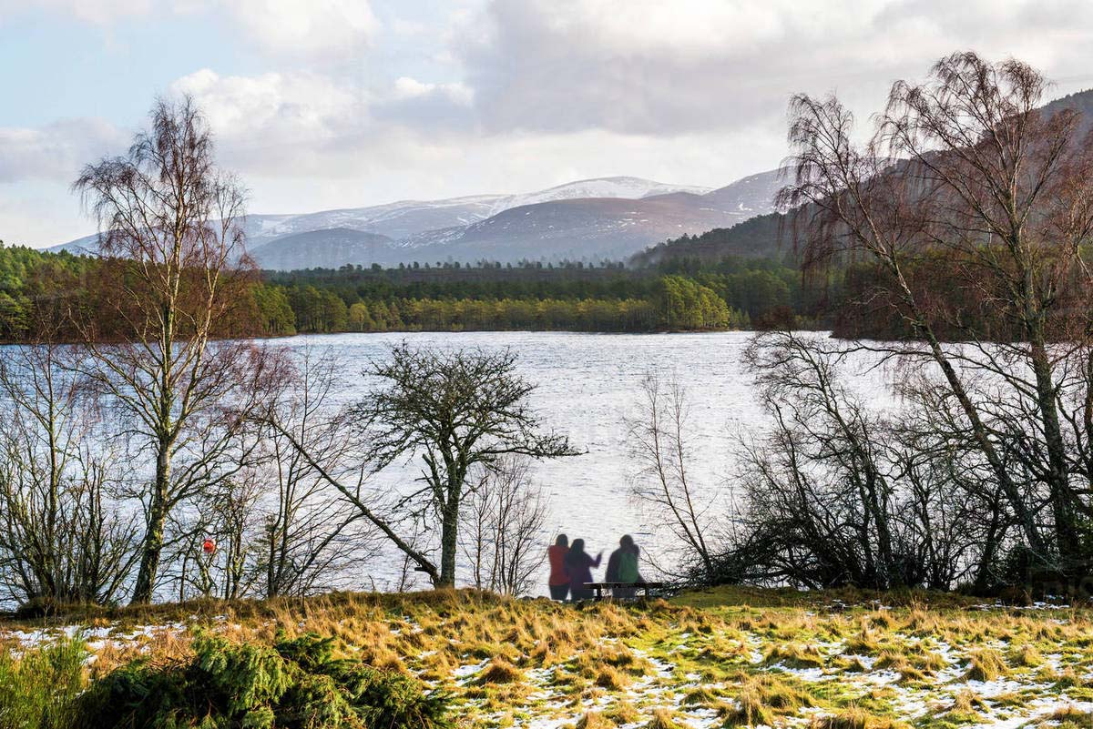 Long Distance Walks in Loch An Eilein, Cairngorm National Park in Scotland
